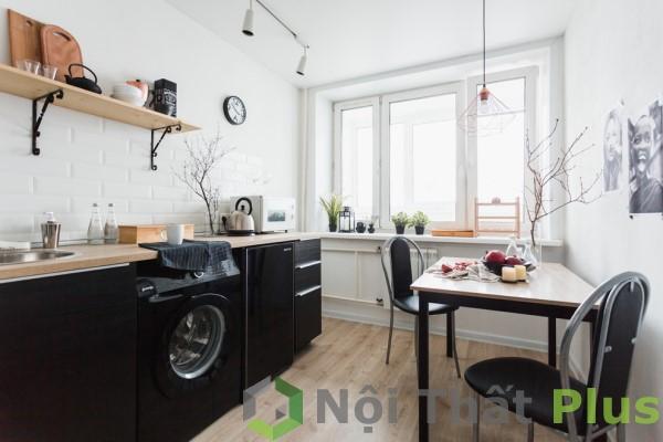 Thiết kế nội thất nhà bếp kết hợp bàn ăn cho căn hộ 82m2.