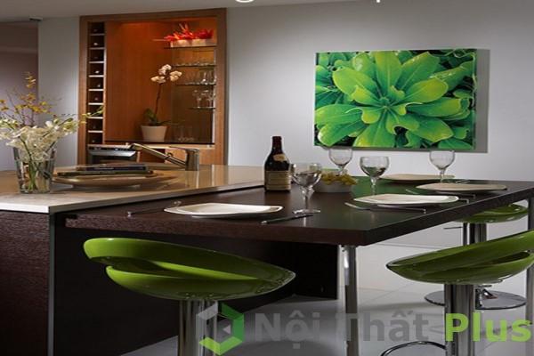 mẫu nội thất phòng bếp với màu sắc sinh động
