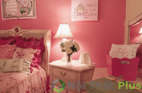không gian phòng ngủ màu hồng