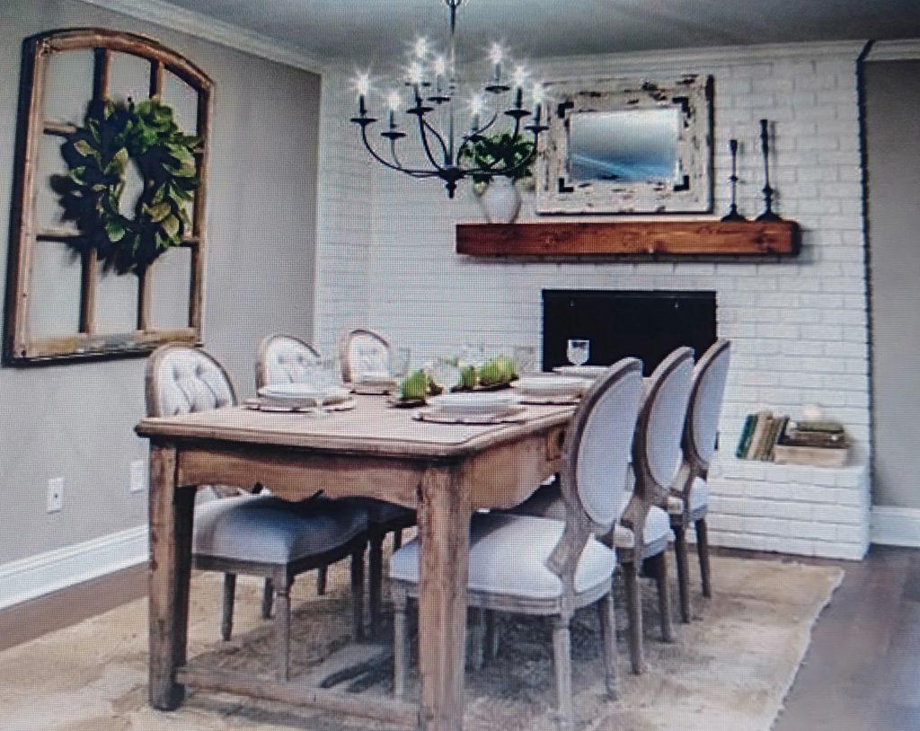 mẫu bàn ăn sang trọng cho căn hộ chung cư 80m2