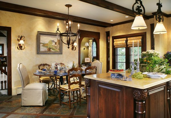 mẫu bàn ăn đẹp cho phòng bếp cổ điển