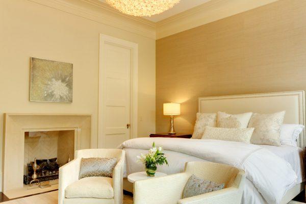 thiết kế nội thất phòng ngủ phong cách tân cổ điển cao cấp thoáng mát