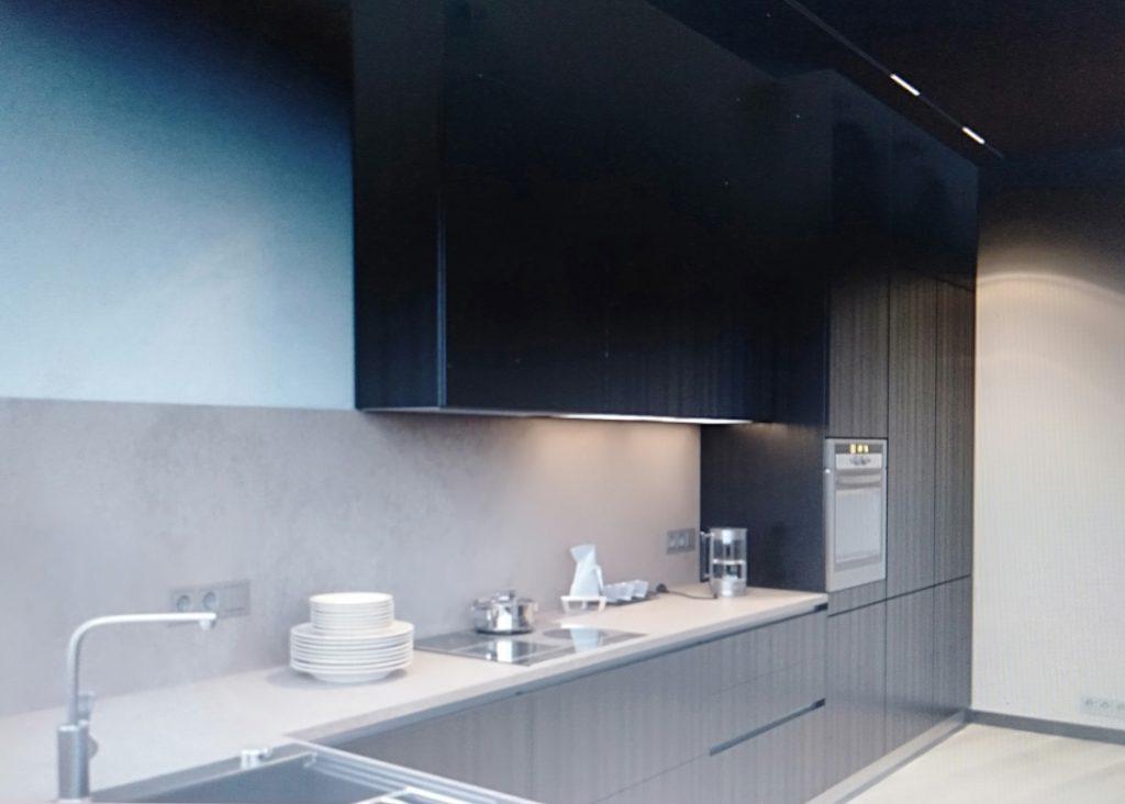 phòng bếp tiện nghi cho chung cư 100m2