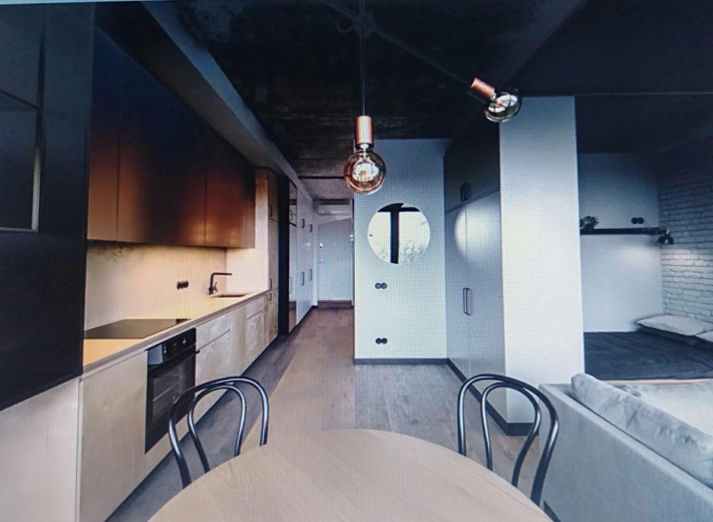 phòng bếp phong cách á đông cho căn hộ chung cư 80m2