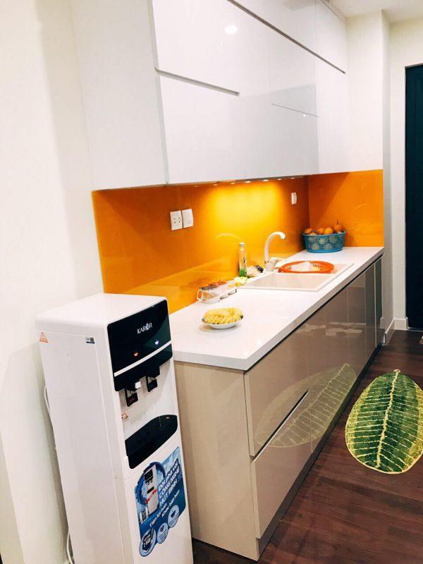 phòng bếp nhỏ tiện nghi cho nhà chị Linh